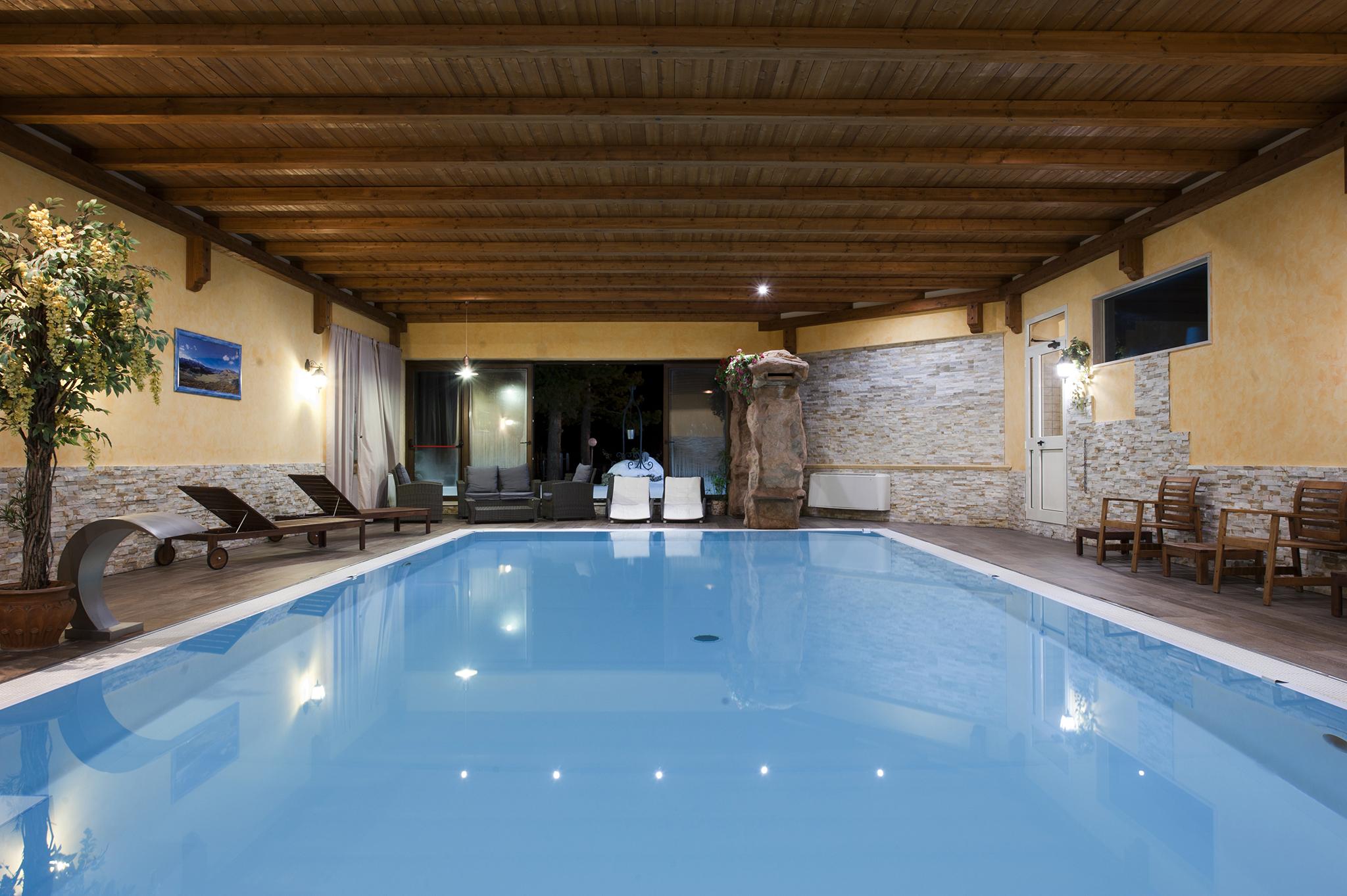 Hotel boschetto hotel ristorante wellness a roccaraso - Hotel con piscina riscaldata montagna ...